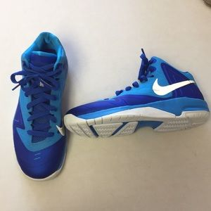 Nike youth size 5.5 blue basketball shoes